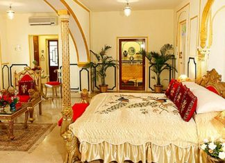 The Presidential Suite di The Raj Palace Hotel, Jaipur, India